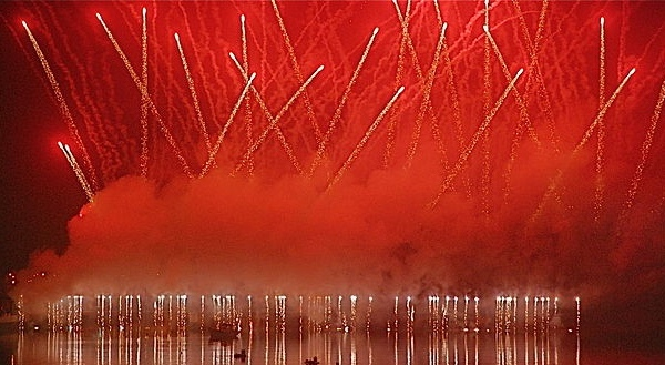 "Fireworks - ""Ano novo 2, Portimão (3154726463)"" by Aires Almeida from Portimão, Portugal - Ano novo 2, Portimão. Licensed under CC BY 2.0 via Wikimedia Commons"